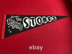 Années 1960, Rolling Stones, Un-used (black) Felt Concert Pennant (scarce / Vintage)